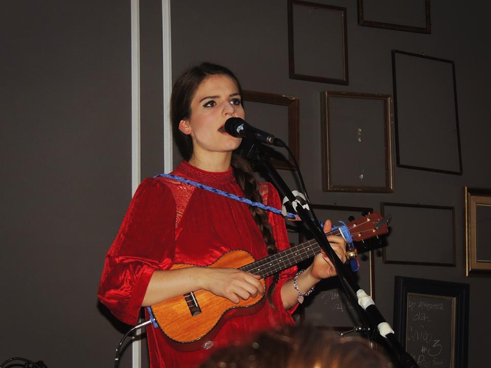 Violetta durante il suo set solista. Photo Federico Fantuzzi