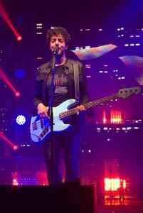 Max Gazzè sul palco del Palabigi